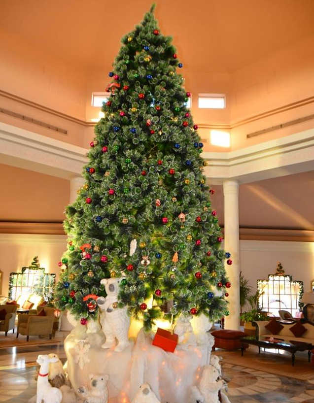 The Christmas tree of Movenpick Reosrt in El Gouna in the lobby