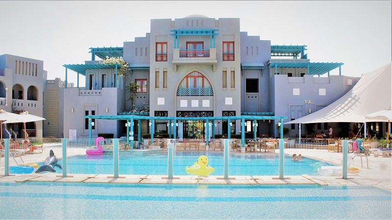 Fanadir Hotel heated pool in El Gouna Resort for a relaxing fun time during the winter