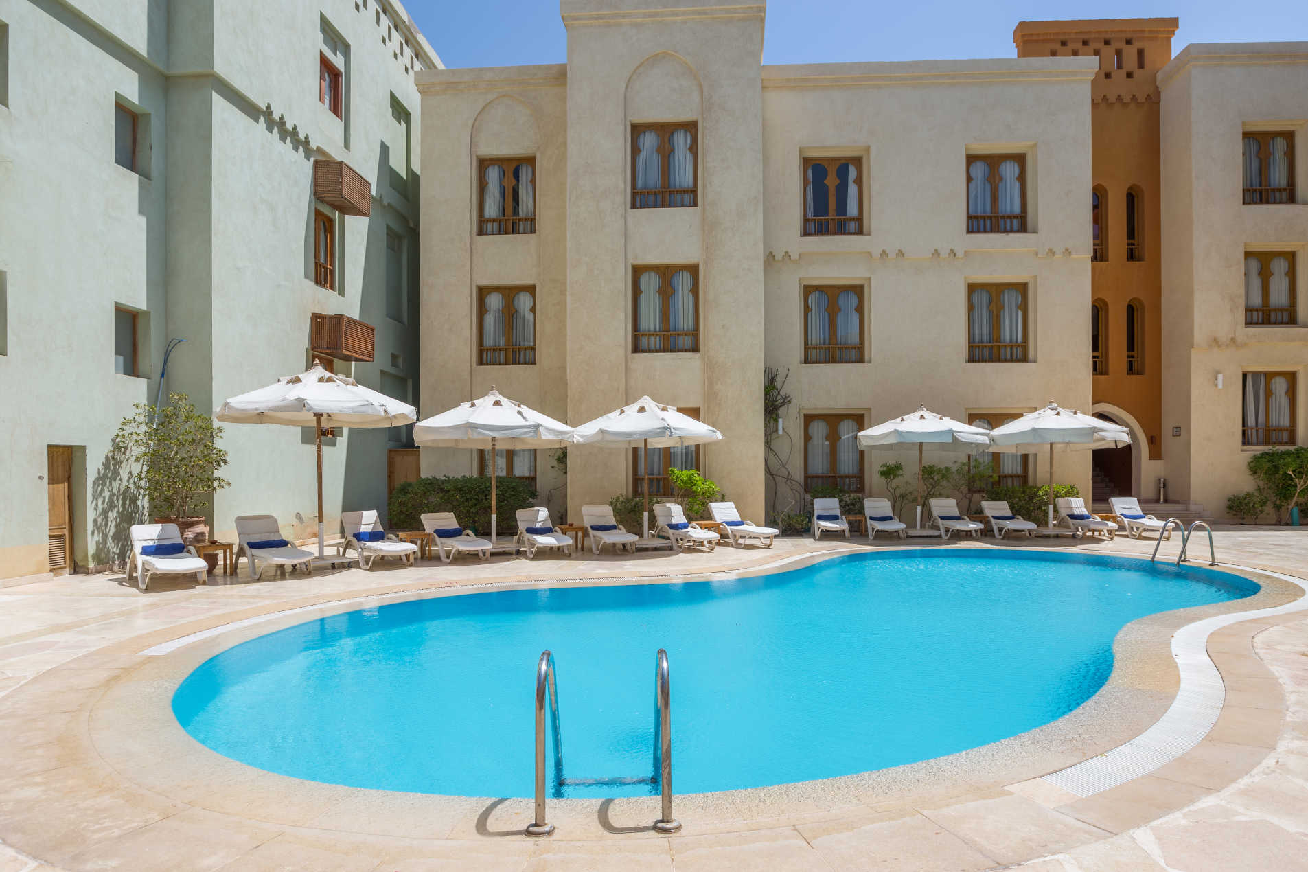 Ali Pasha hotel pool images