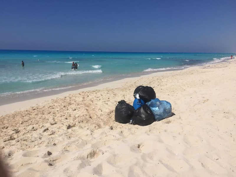 Beach cleanup in El Gouna along the shore of Red Sea in cooperation with HEPCA